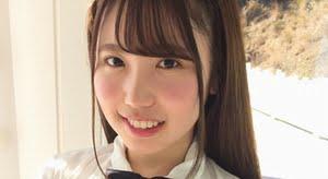 大沢麗菜 はだけたシャツからおっぱい露出の制服画像