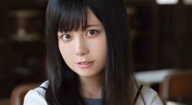 姫綺みみこ 白ソックスなセーラー服画像