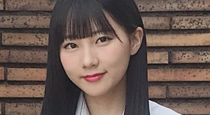 田中美久 紺色ハイソックスなプリスカ制服画像